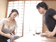 Hot mature housewife Maki Hokujo gets nailed.