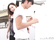 Sayuki Kanno blows her guy in a public place.