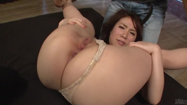 Chubby with staggering nude forms exposed for her horny guy, Japanese av model Sakura Ooba is in for a treat by letting him smack her wet pussy with larges toys prior to sticking his penis deep inside that juicy twat.