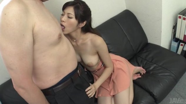 There's nothing more amazing that seeing Sara Yurikawa having her pussy pumped in rough scenes of hardcore.