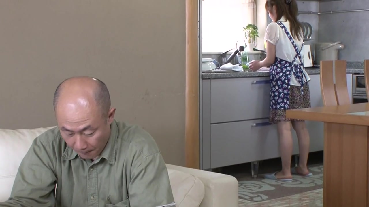 Housewife Makes Herself A Cock Sandwich.