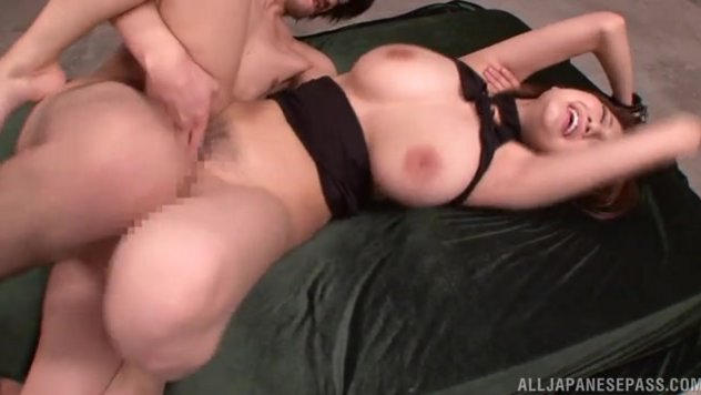 Mmm, she knows what shes doing