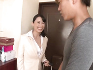 Fujinami Sae Asian mature sales lady enjoys her pussy toys.
