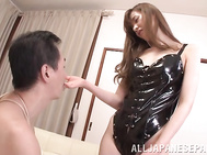 Lovely Japanese milf, Yuna Hayashi, is in for a treat with this obedient guy who likes to please her by obeying each of her desires.