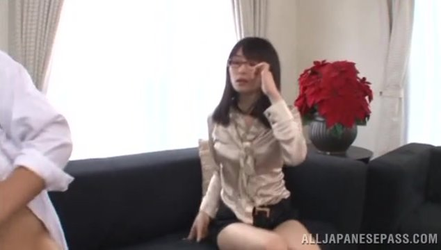 The horny vixen meets her male student at her home and starts to flirt with him.