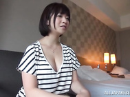 Strong sensations for a horny amateur babe in heat.