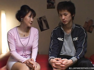 Amazing Japanese mature lady bounces on cock of a young guy.