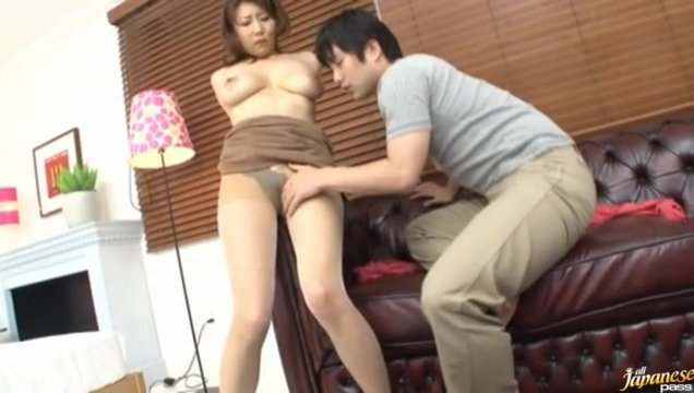 Anna Hoshi is a hot mature Asian chick who enjoys kissing her guy and letting him play with her big tits.