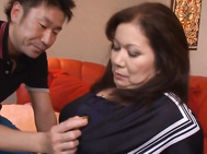 Horny Mature Woman Chizuru Iwasaki Is Wild In Bed.