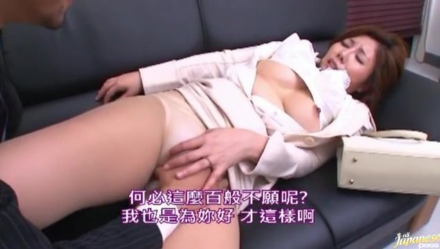 Sakiko Mihara is a lovely and horny mature Asian gal who is in the sauna.