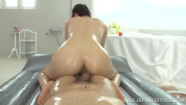 The voluptuous sex diva oils their sexy bodies and the couple enjoys hot petting with a lot of oil.