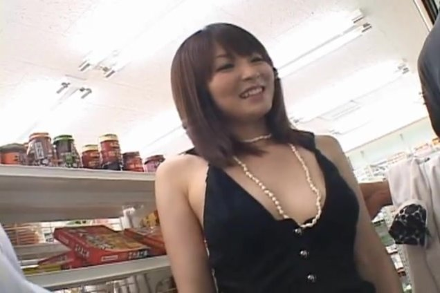 Naughty Miku is shopping with her boyfriend.