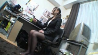 Office Masturbator Rinka Kiriyama Gets Gang Fucked.