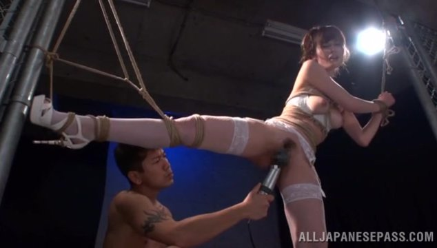 Japanese bimbo with amazing nude form, Yuna Hayashi, sure loves to play nasty and this time she gets to have sex in raw Asian bondage porn scene along hunk eager to fuck her tight pussy and release his warm load down her sweet face, after a rough rear fuc